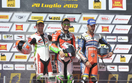 Large 002 Sbk Podium